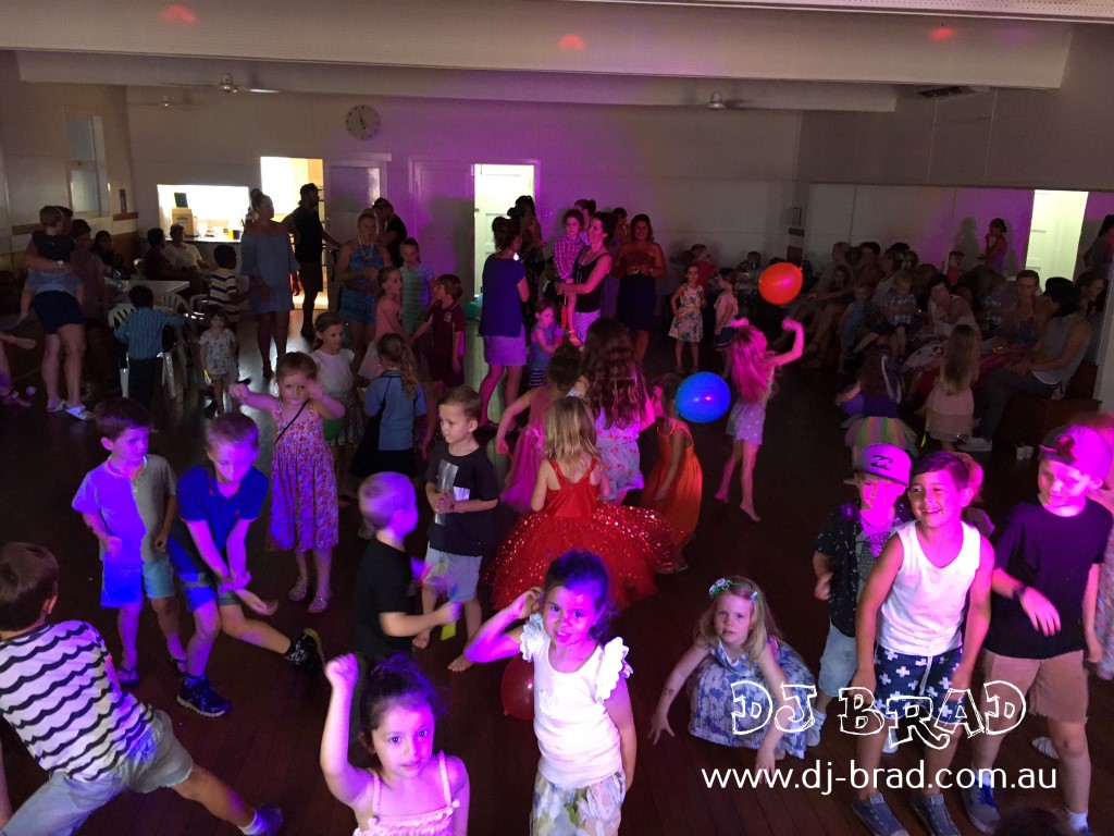 C&K Burleigh Heads Kindy Disco DJ BRAD